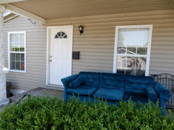 couch-on-porch-louisville-kentucky