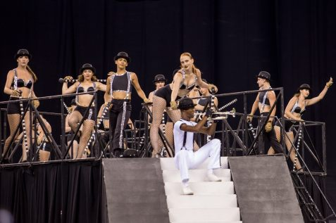 bluecoats-stage-jagged-line.jpg